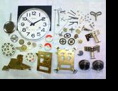 アイコー30日巻カギ巻柱時計 分解掃除(オーバーホール)---もうちょっと詳しく・・・拡大版【OVERHAUL】《 時計分解 》【times-machine.com】時計修理の分解工程・組立工程へ
