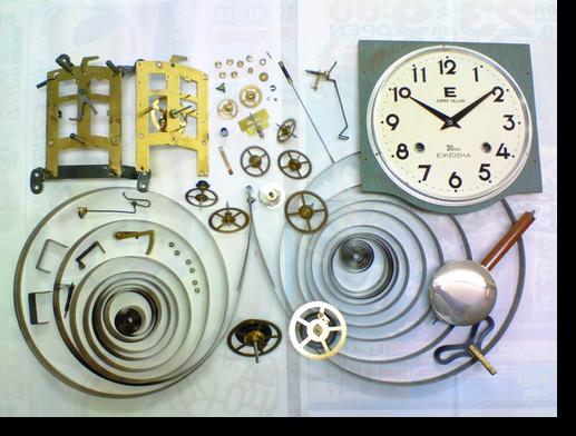 32.エイケイシャ30日巻カギ巻柱時計分解掃除(オーバーホール)
