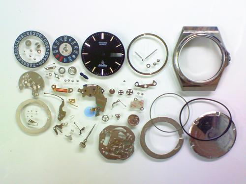 クォーツ式腕時計修理---セイコー5933Aクォーツ腕時計シルバーウェーブ 分解掃除(オーバーホール)【times-machine.com】《 時計修理 》【三田時計メガネ店@栃木県大田原市前田】
