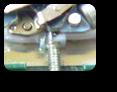 安価品MIYOTA2115クォーツ腕時計回路受け(一体型)の巻真穴欠け