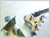 機械式柱時計修理---車軸の汚れ【times-machine.com】《 時計修理 》【三田時計メガネ店@栃木県大田原市前田】